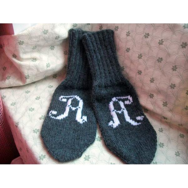 Вязаные именные носки