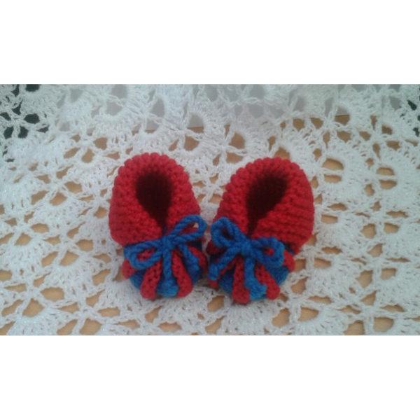 Вязаные пинетки красно-синие