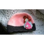Вязаная шапочка Девчушка